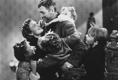 It s a wonderful life in black and white or colour for Classic christmas films black and white